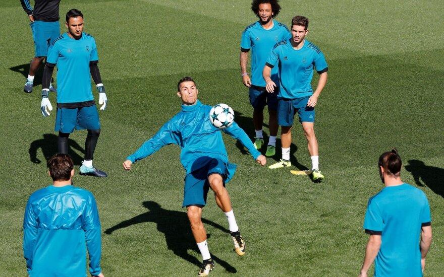 UEFA Čempionų lygos starte ietis sukryžiuos milžinai