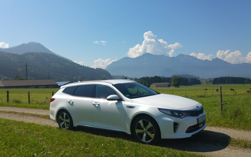"""Kia Optima Sportswagon"""
