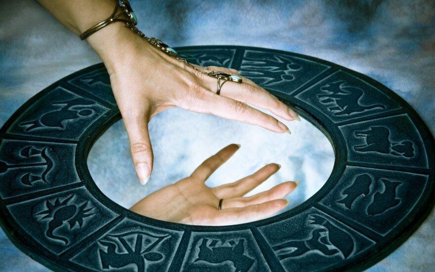 Astrologės Lolitos prognozė rugsėjo 29 d.: diena, kurią šaunu būtų skirti mylimiems žmonėms