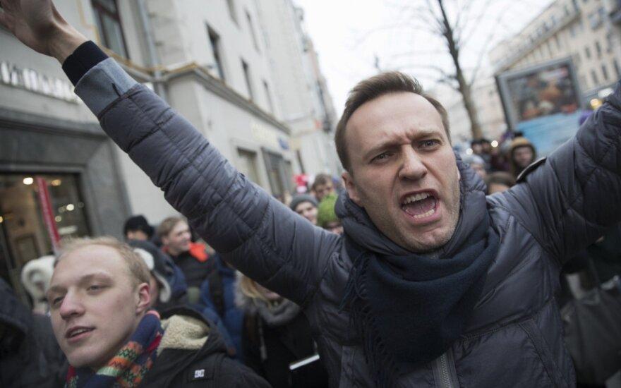 Rusijos protestų lyderis Navalnas, sulaikytas po mitingo prieš Putiną, jau paleistas