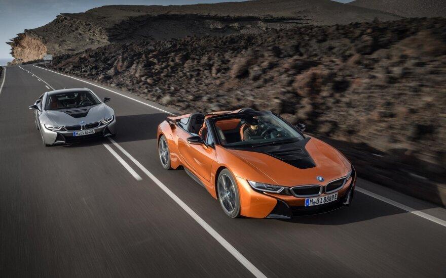 """""""BMW i8 Roadster"""" ir """"BMW i8 Coupe"""""""