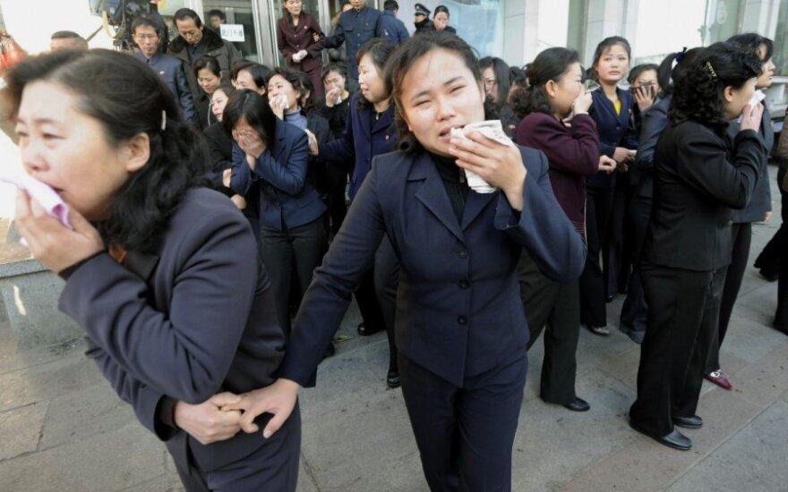 Šiaurės Korėja į laisvę paleido vieną iš trijų JAV piliečių