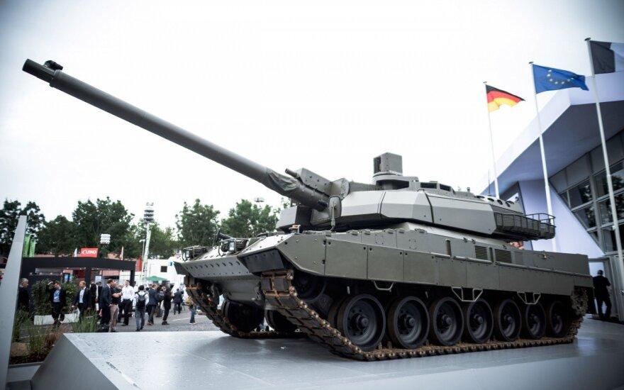 Pirmą sykį per kelis dešimtmečius Vakarų Europoje sukurtas naujas tankas