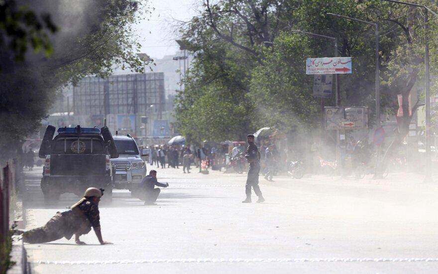 Vos prasidėjus prezidento rinkimų kampanijai, Kabule nugriaudėjo sprogimas
