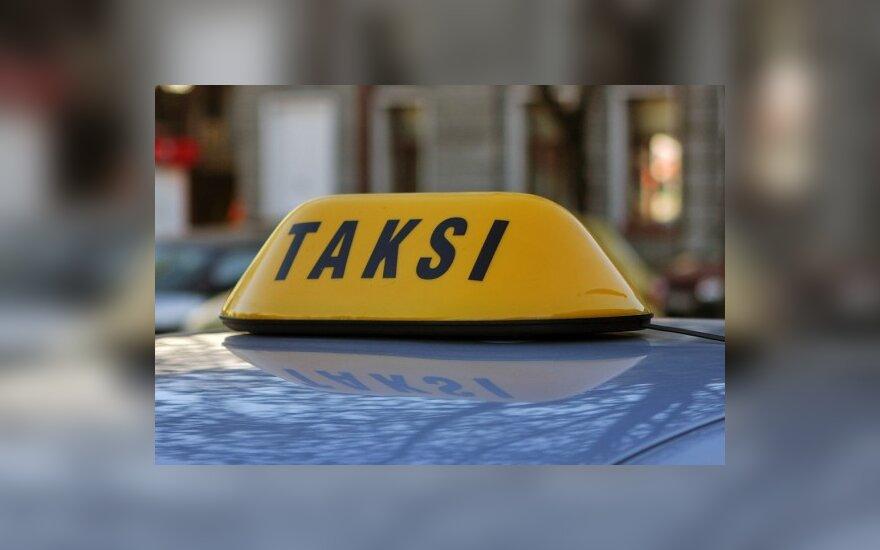 Vilniuje daugėja nelegalių taksi