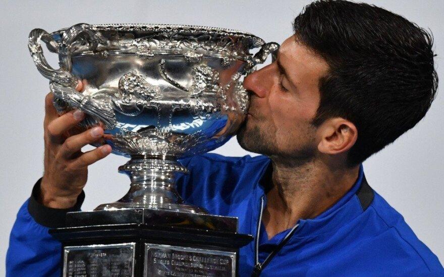 """Nepakartojamas Džokovičius """"Australian Open"""" finale sutriuškino Nadalį"""