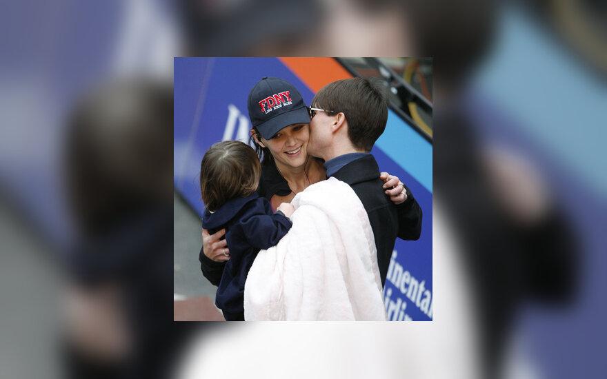 Katie Holmes, Tomas Cruise`as ir Suri