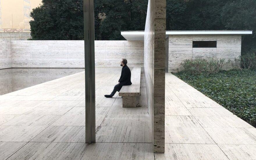 Rytis Zemkauskas. Meno kūrinys - Ludwig Mies van der Rohe Barselonos paviljonas.