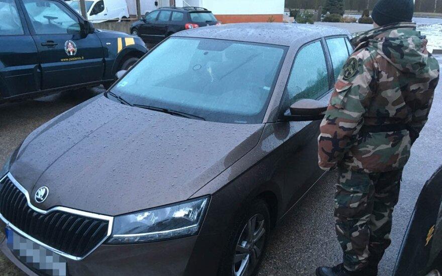 Dar vienas ukrainietis neteisėtai gabeno prieglobsčio Lietuvoje pasiprašiusius užsieniečius