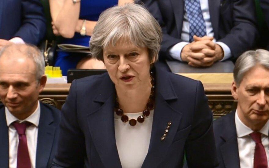 """JK paskelbė prieštaringai vertinamą """"Brexit"""" planą"""