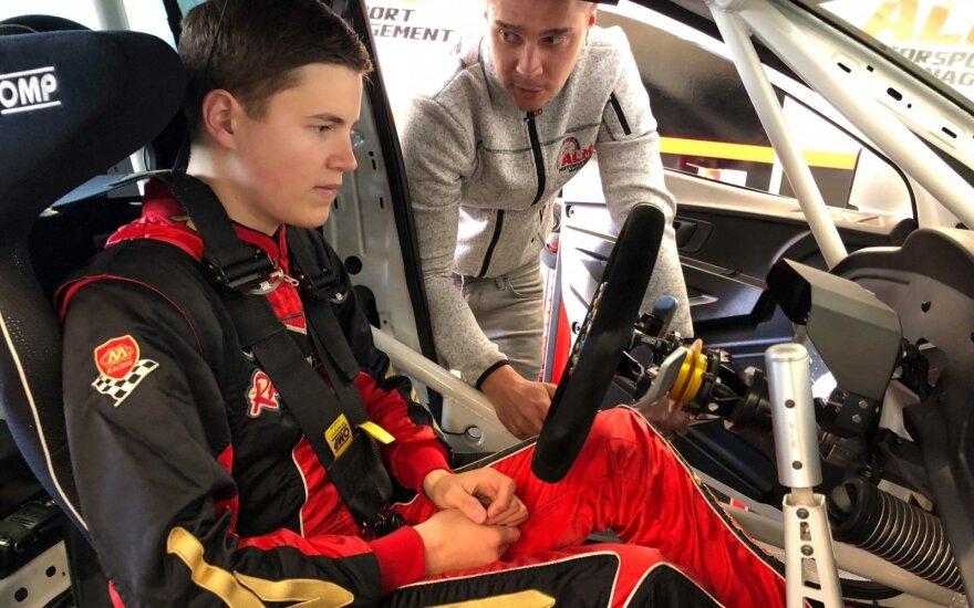 Šį sezoną Justas Jonušis varžysis ištvermės lenktynėse TCR klasės automobiliu
