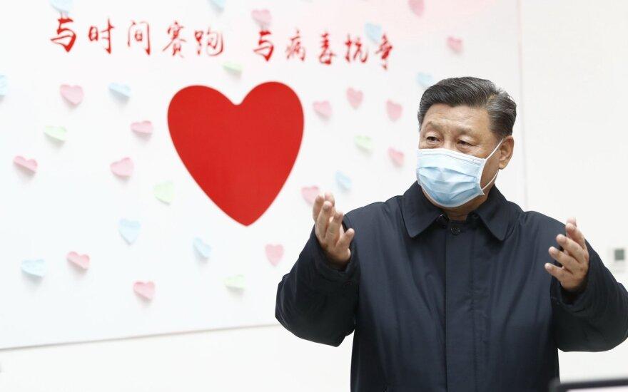Kinija įtūžo išgirdusi Trumpo pareiškimą, kad JAV gali reikalauti kompensacijos už pandemiją