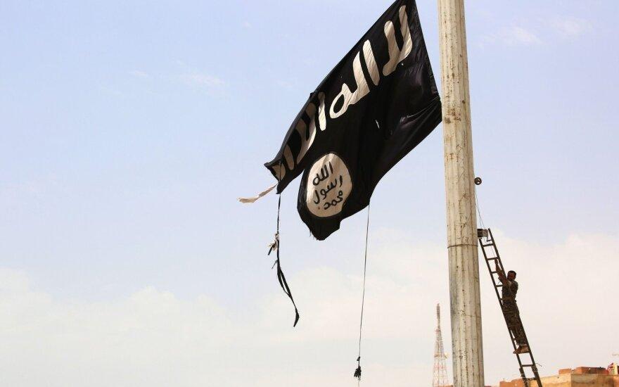"""""""Islamo valstybė"""" prisiėmė atsakomybę už ataką prie Čečėnijos prezidentūros"""