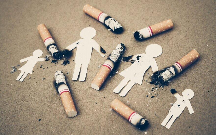 JAV nori mažinti nikotino kiekį cigaretėse