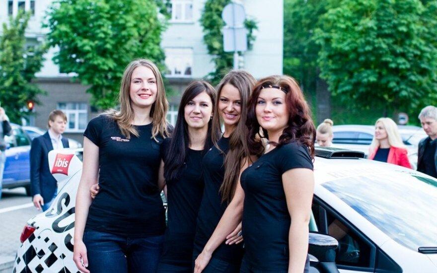 "Visuomenei pristatyta ""Sostena-Renault Sport"" merginų komanda"