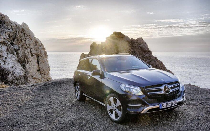 """Rekordiniai """"Mercedes"""" pardavimai"""