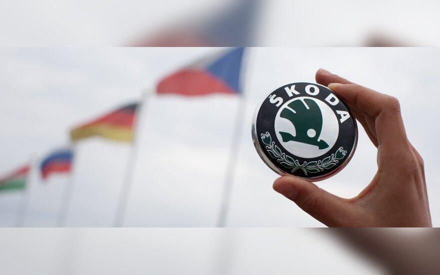 """""""Škoda"""" keičia logotipą"""