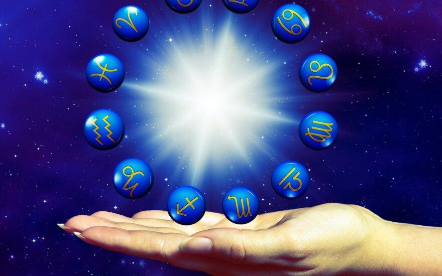Astrologės Lolitos prognozė rugpjūčio 30 d.: jautri diena