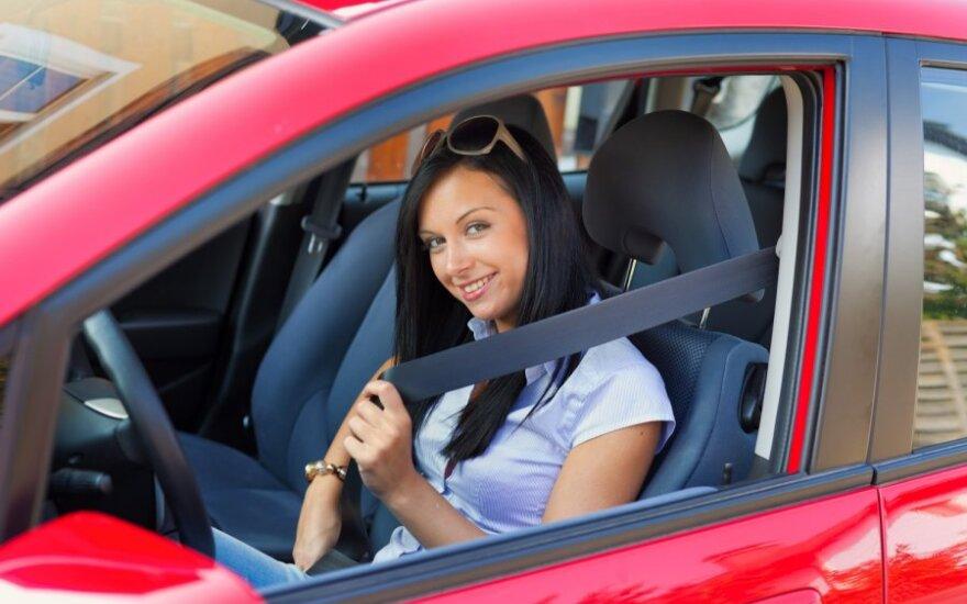 Vairuotoja, saugos diržai
