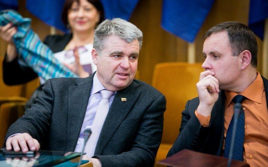 Iš LSDP traukiasi 30 Šiaulių skyriaus narių: kaltina vadovybę dvigubų standartų taikymu