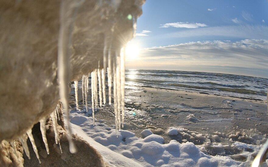 Rekordinę ketvirtadienio šilumą jau savaitgalį keis grįžtantis šaltukas