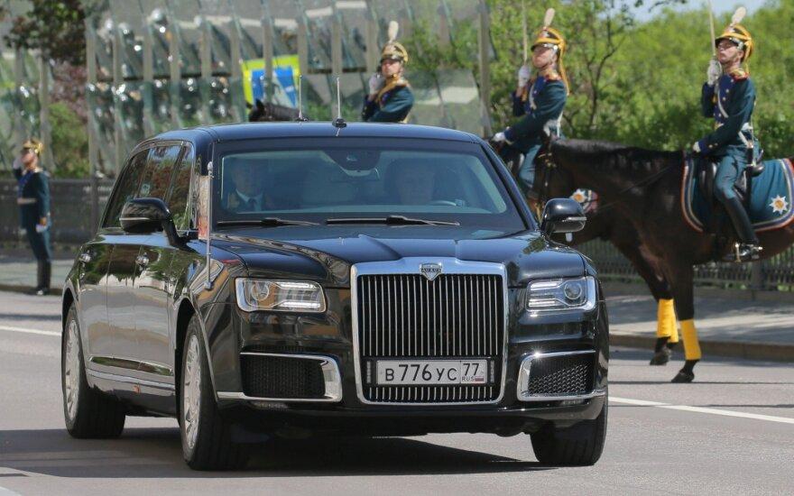 """Vladimiro Putino limuzinas """"Kortež"""""""