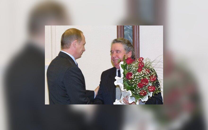 Vladimiras Putinas, Remas Viachirevas