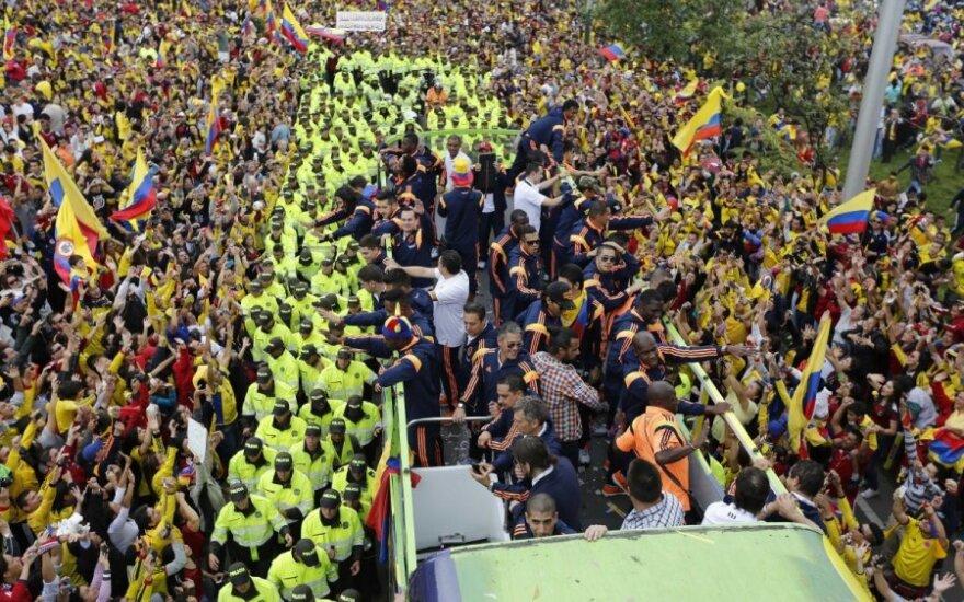 Kolumbijos futbolo rinktinė dalyvauja pagerbimo parade