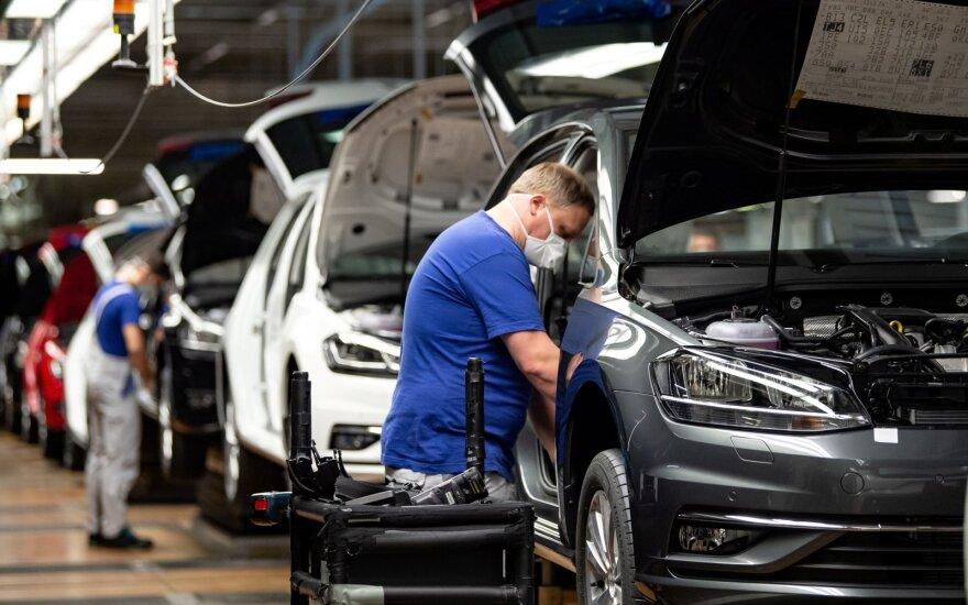 Kas penkta vokiečių įmonė naikina darbo vietas, nepaisant valstybės pastangų jas išgelbėti
