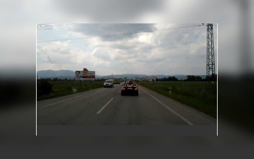 Slovakas sprunka nuo greitosios