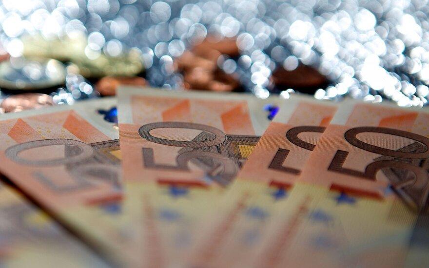 Lithuanian parliament drops progressive tax idea