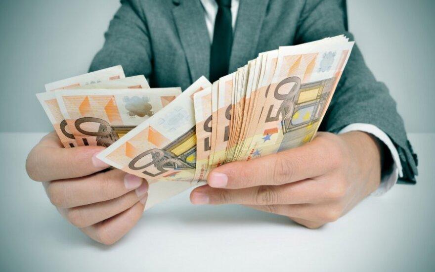 Nori, kad ES nebeliktų mokestinio diskriminavimo