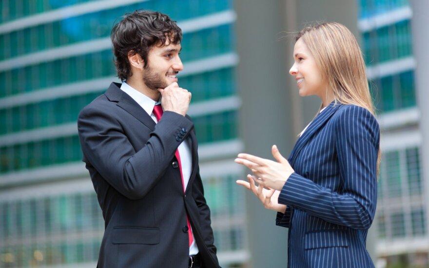 Šie specialiųjų tarnybų agento patarimai padės atpažinti melą