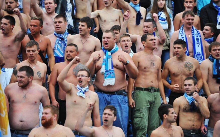"""Sankt Peterburgo """"Zenit"""" klubo fanai"""