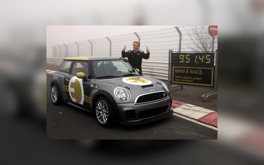 "Mini E"" Nürburgringo trasoje"