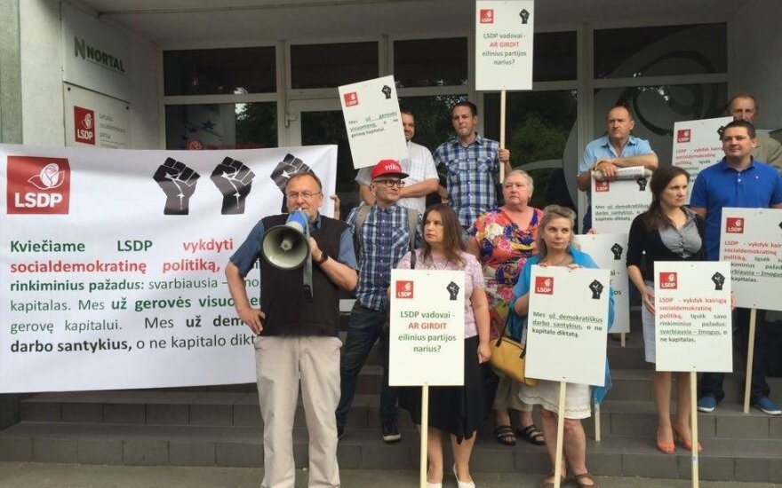 Social Democrat protesters against the labour code