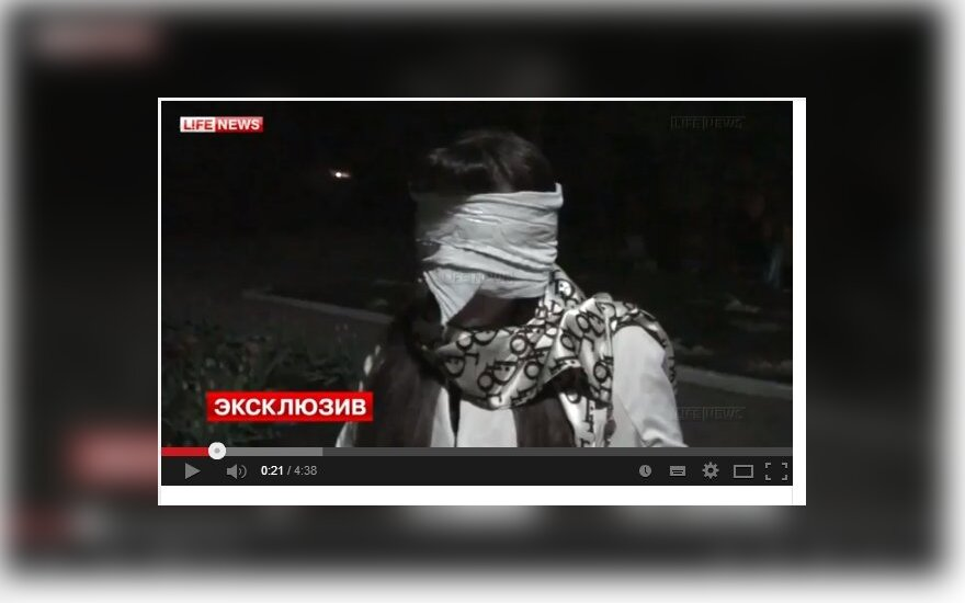 """Separatistai Ukrainos žurnalistei: tu kapojai galvas """"Berkut"""" nariams"""