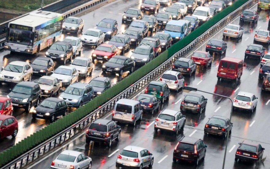 Bus mažinamas automobilių keliamas triukšmas