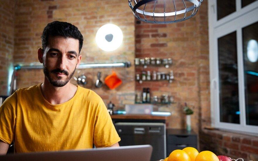"""Išmanusis """"SMART + WiFi"""" apšvietimas suteiks namams lengvai individualizuotą atmosferą"""