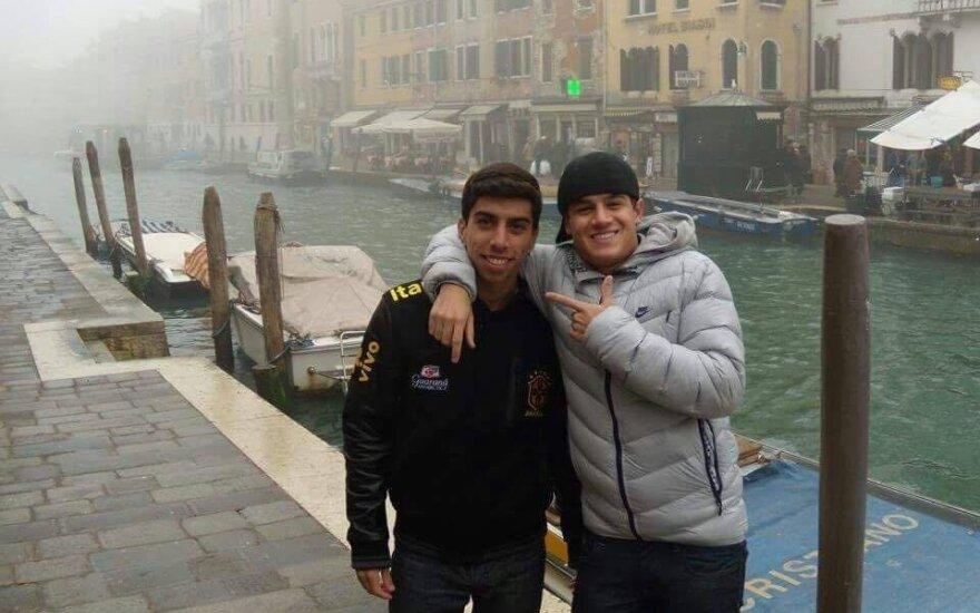 Marcelo (kairėje) ir Philipe'as Coutinho