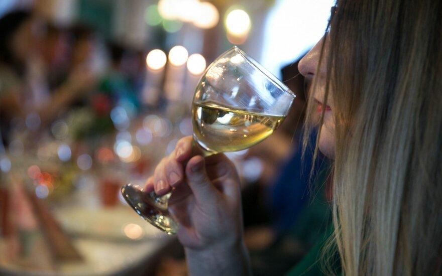 Akcizų karas: estams ketvirtadaliu mažinant akcizą alkoholiui, Latvija atsakys tuo pačiu