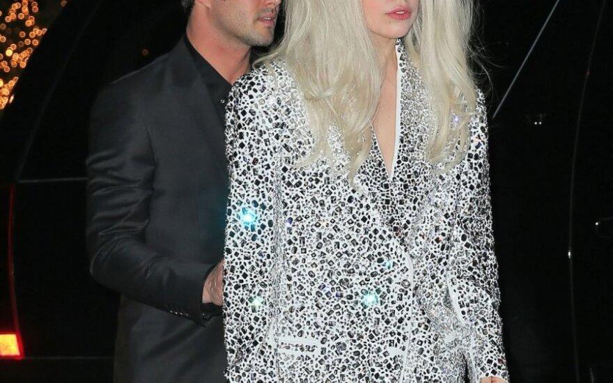 Tayloras Kinney ir Lady Gaga