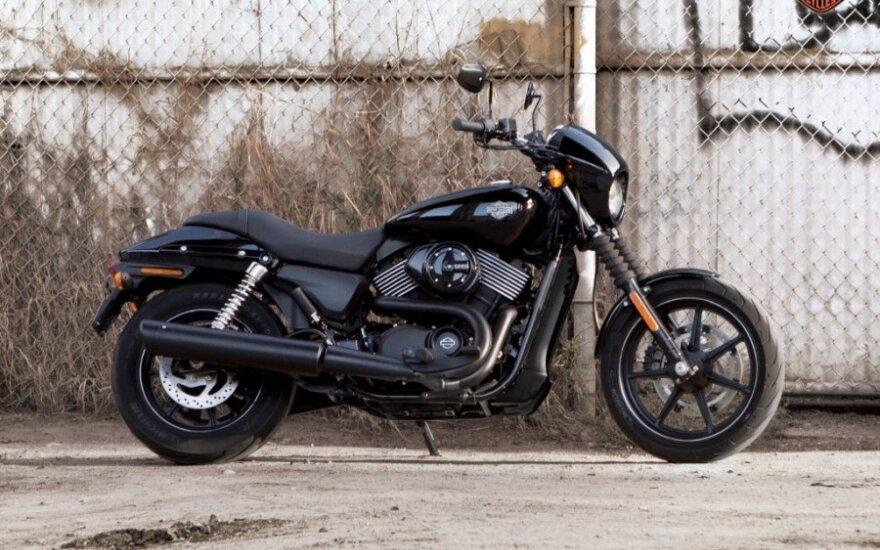 """""""Harley-Davidson"""" atšaukia beveik 46 tūkst. savo motociklų"""