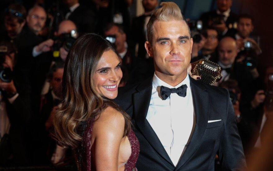 Robbie Williamsas su žmona