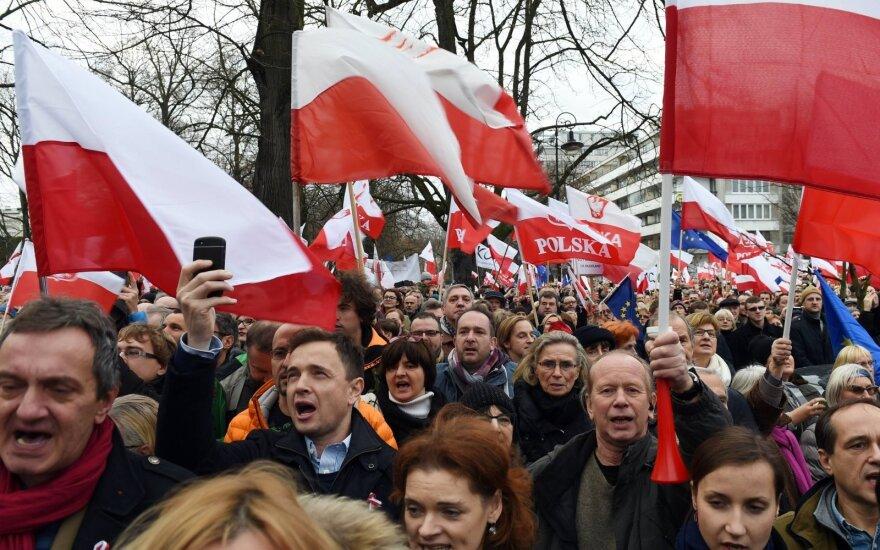 L. Kasčiūnas: dabartinė Lenkijos valdžia – labai naudinga Lietuvai