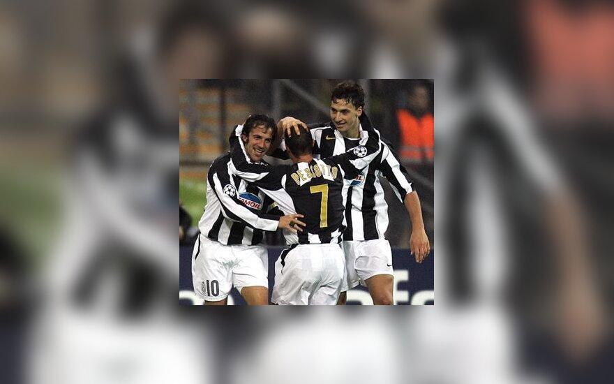 """Alessandro del Piero, Mauro Pessotto, Zlatan Ibrahimovič (Turino """"Juventus"""") džiaugiasi pergale"""