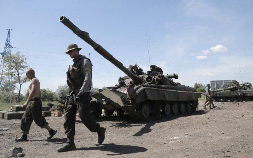 Iš Slovjansko sugrįžę kariai prakalbo apie problemas Ukrainos pajėgose