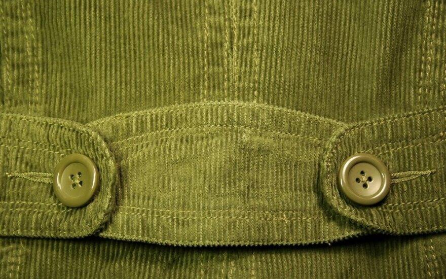 Velvetas sugrįžta: šį rudenį jį privalote turėti savo garderobe