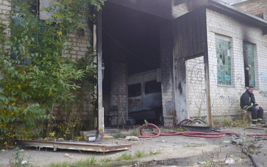 Garažo gaisras Šiauliuose