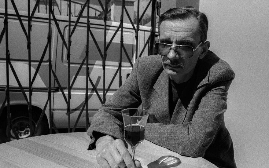 Ričardo Gavelio fenomenas: gretinamas su pasaulio literatūros genijais, bet ignoruojamas Lietuvoje